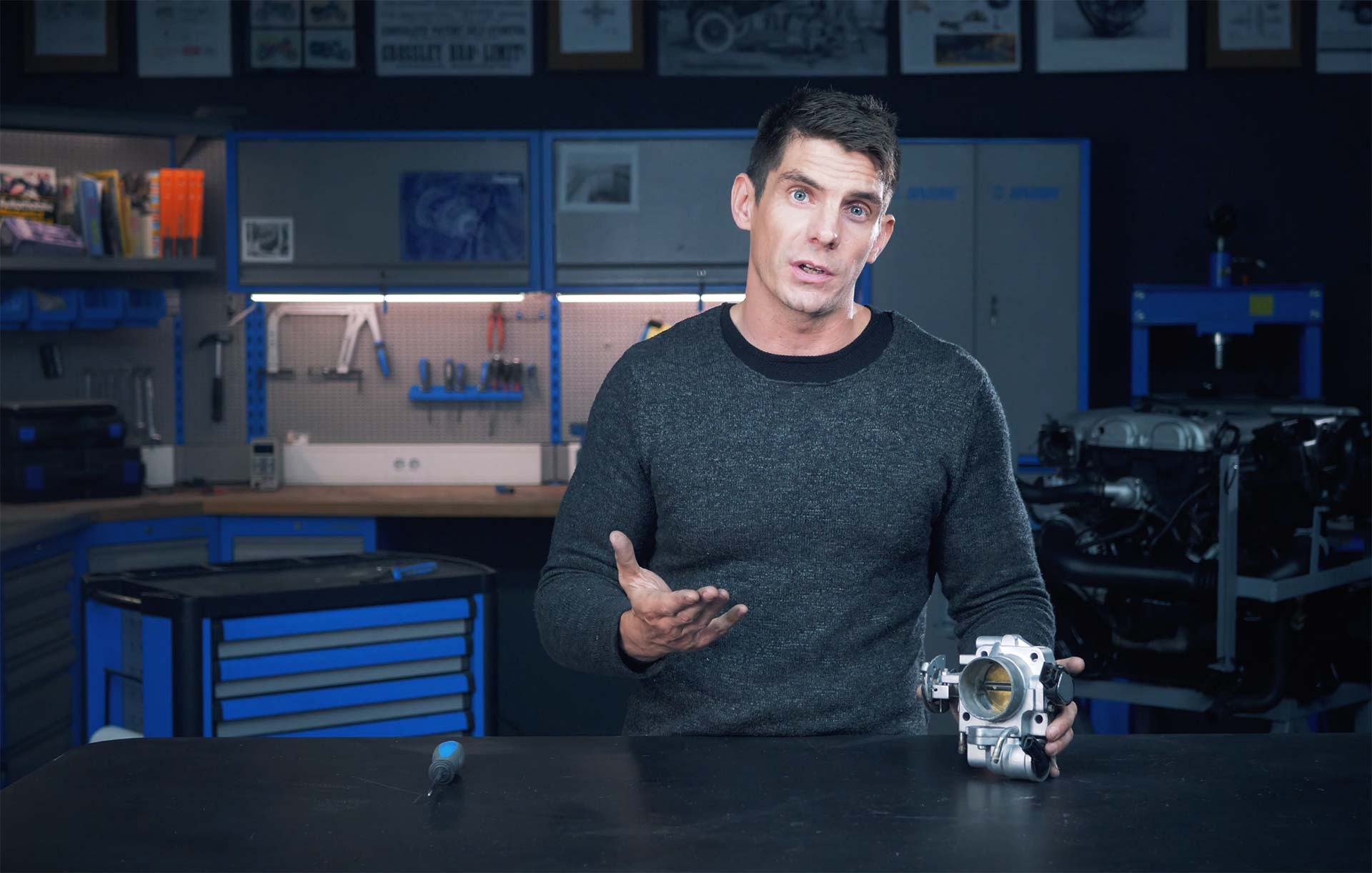Ander Page Videos the car mechanics video course from how a car works