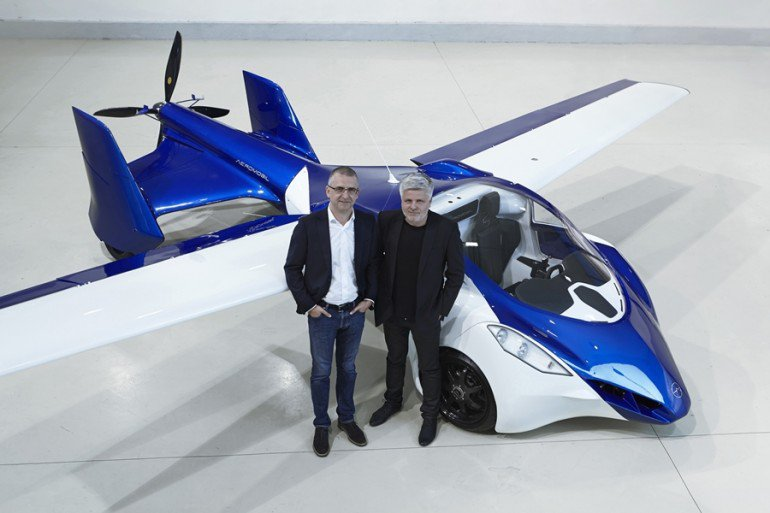 aeromobil-flying-car-team