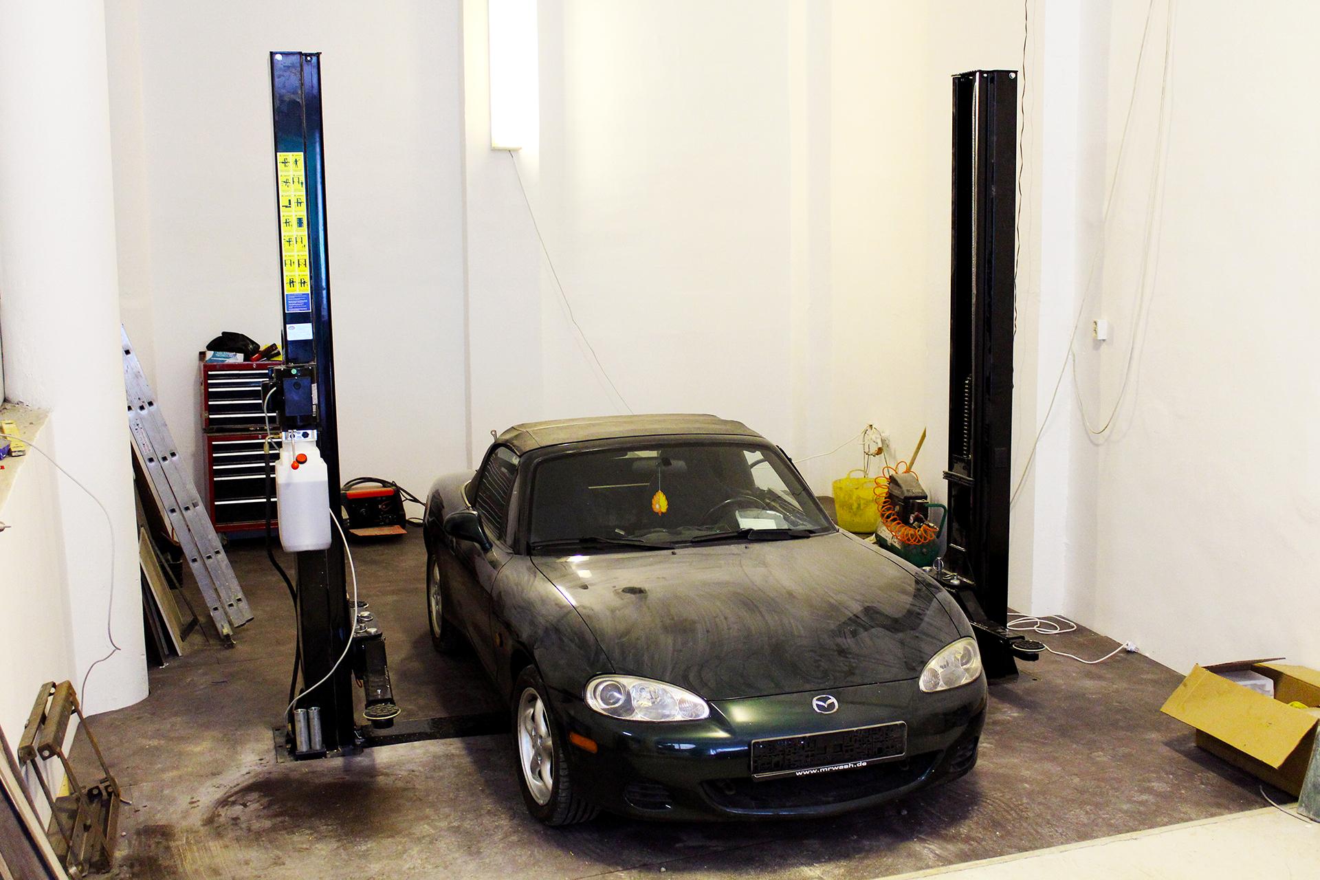 garage-lift-installed