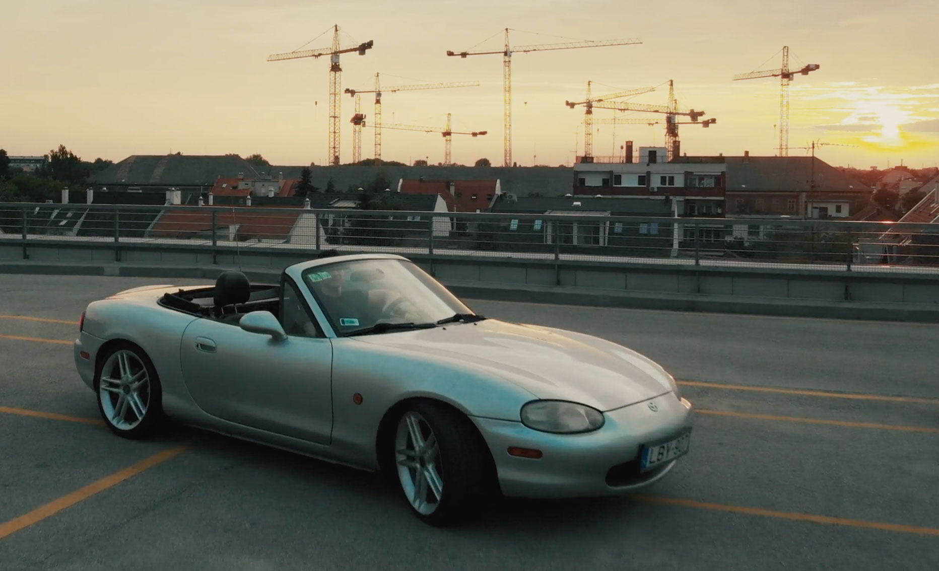 mx5-miata-in-sunset