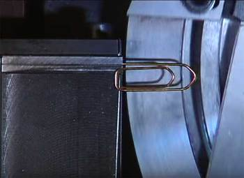 Máquina de clips