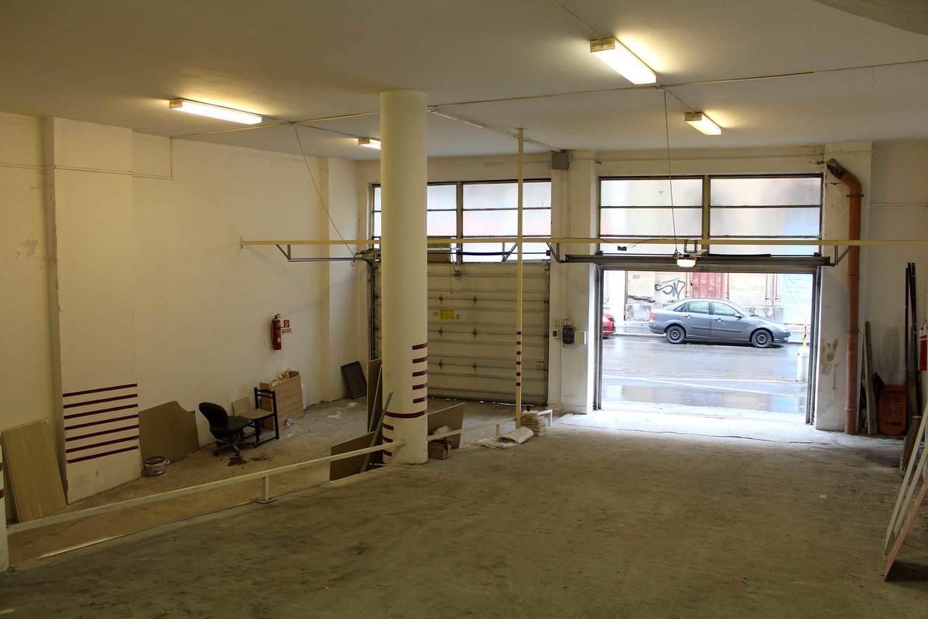 Studio interior start 2 w1400